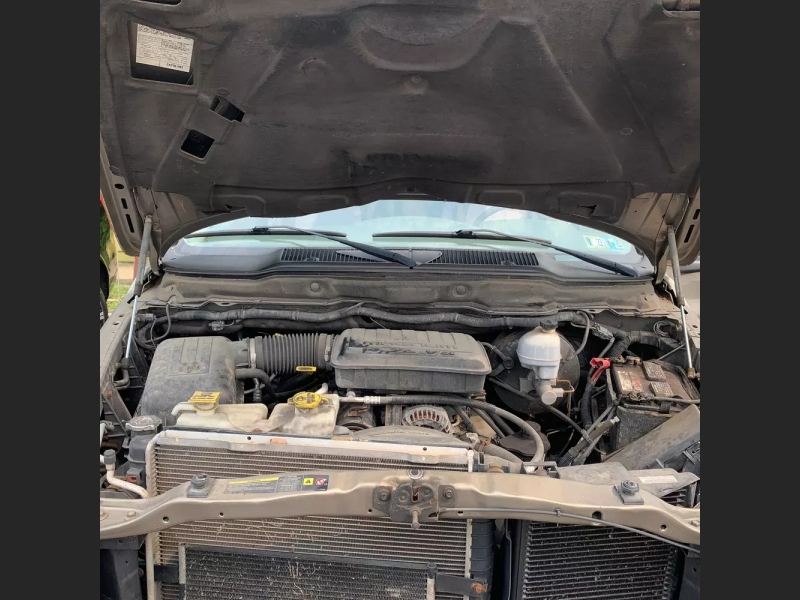 Dodge Ram 1500 2006 price $9,500 Cash
