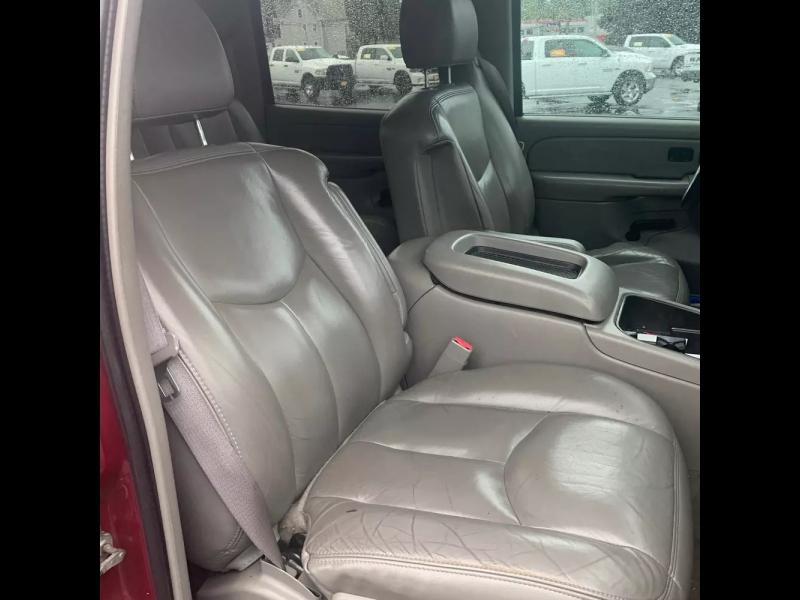 Chevrolet Avalanche 2005 price $6,995 Cash