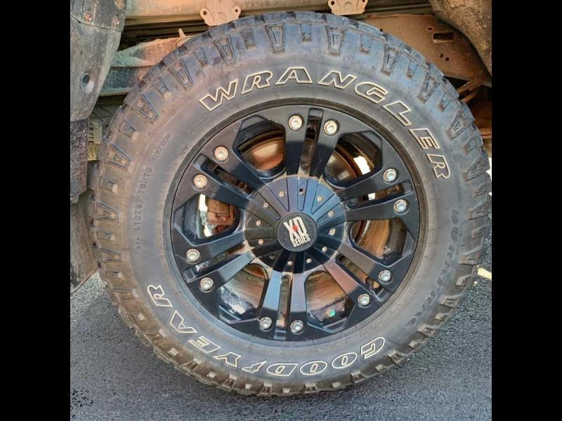 Toyota Tundra 4WD Truck 2010 price $13,995 Cash