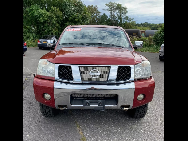 Nissan Titan 2004 price $7,995 Cash