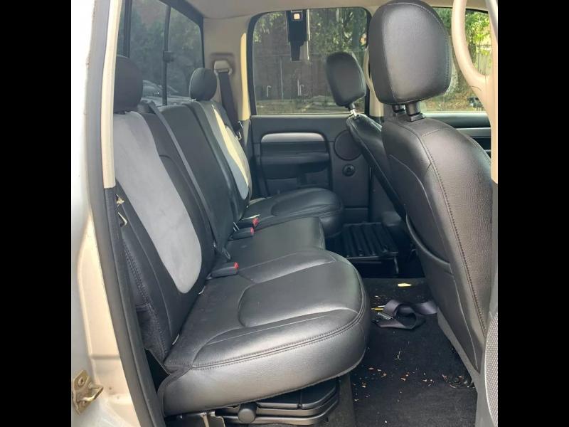 Dodge Ram 1500 2004 price $10,995 Cash