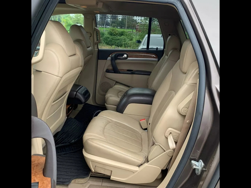 Buick Enclave 2009 price $5,995 Cash