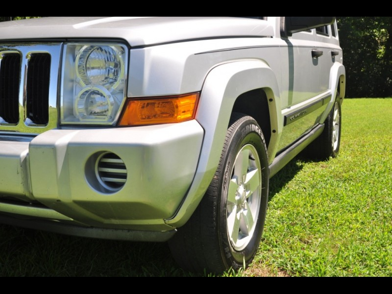 Jeep Commander 2006 price $6,995 Cash