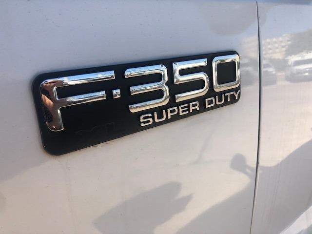Ford Super Duty F-350 DRW 2001 price $9,995