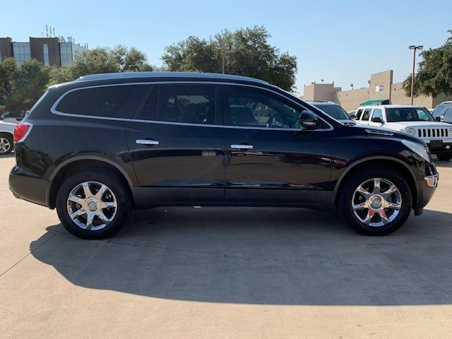 Buick Enclave 2010 price $11,995