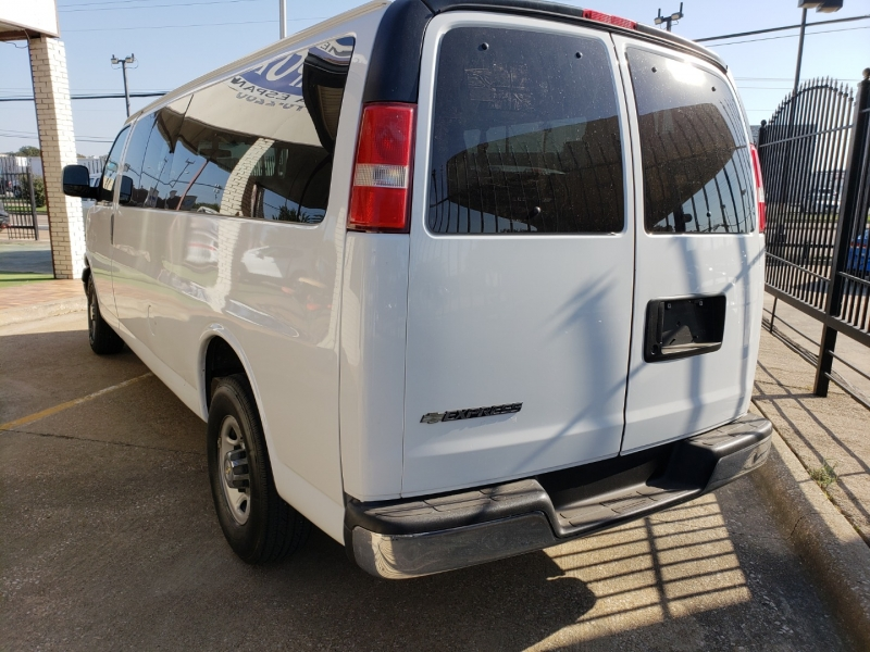 Chevrolet Express Passenger 2016 price $15,995