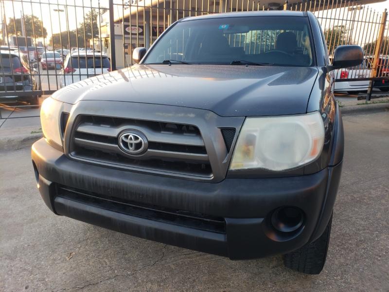 Toyota Tacoma 2009 price $9,995