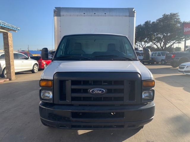 Ford Econoline Commercial Cutaway 2016 price $17,995