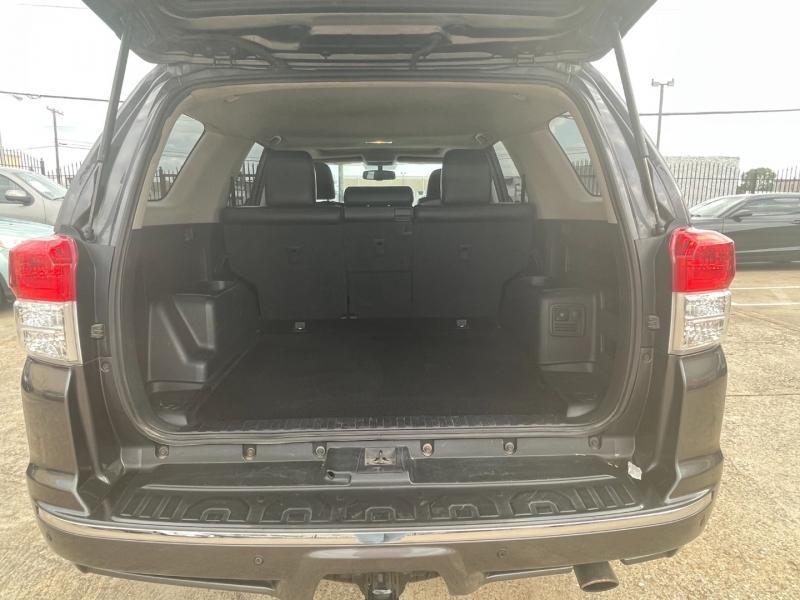 Toyota 4Runner 2012 price $17,995