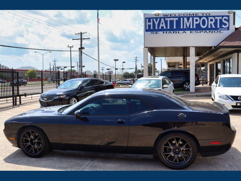 Dodge Challenger 2011 price $16,995