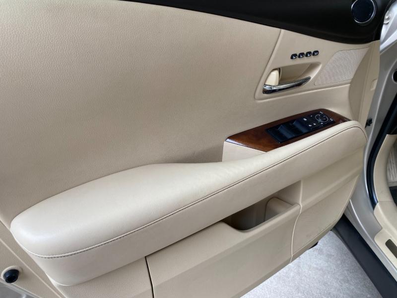 Lexus RX 350 2013 price $18,790