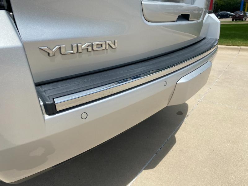 GMC Yukon 2015 price $32,450