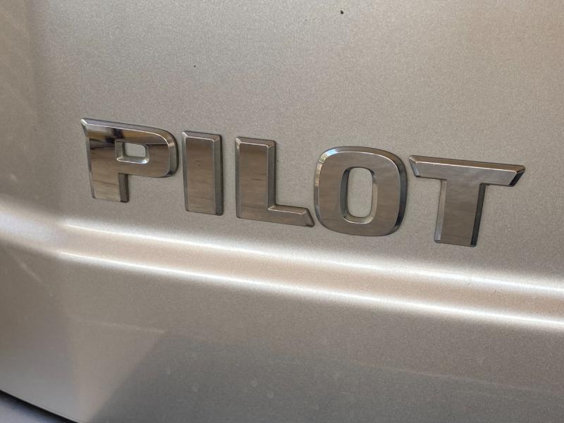 Honda Pilot 2011 price $15,990