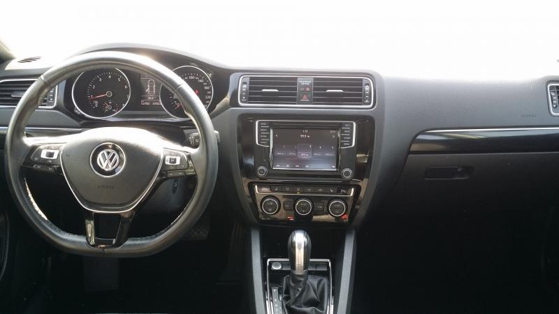 Volkswagen Jetta 2017 price $17,900