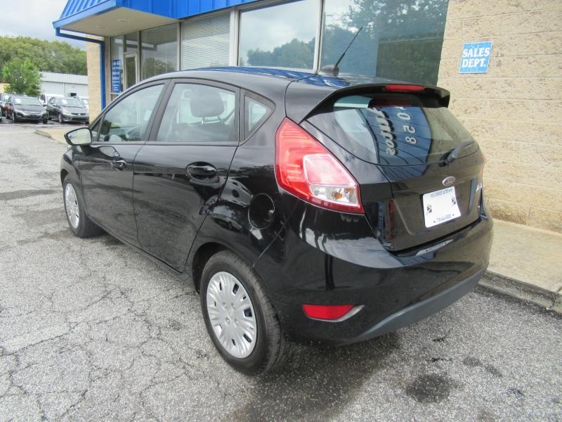 Ford Fiesta 2016 price $6,999