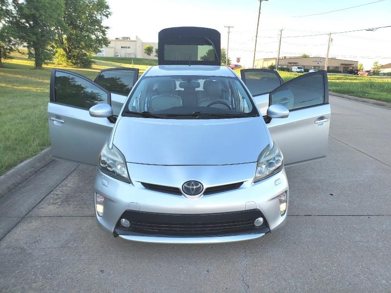 Toyota Prius 2012 price $8,998
