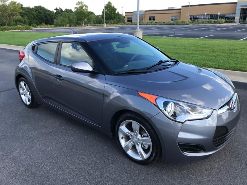 Hyundai Veloster 2015 price $8,998