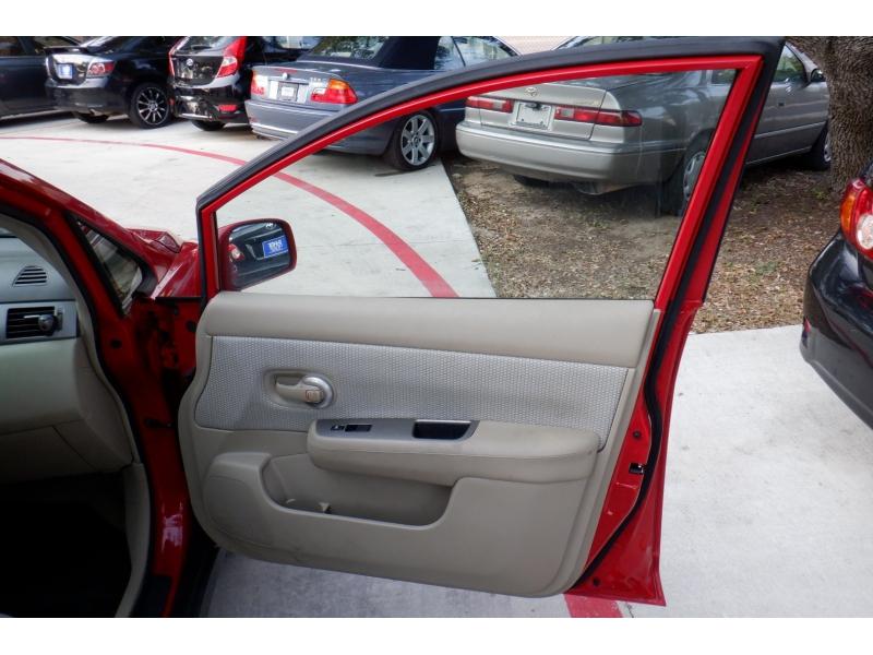 Nissan Versa 2007 price $4,400