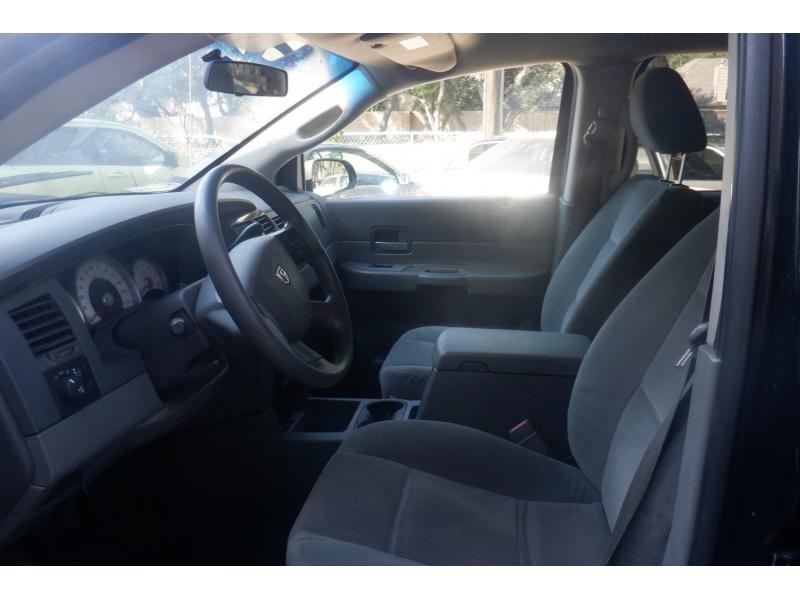 Dodge Durango 2005 price $3,900