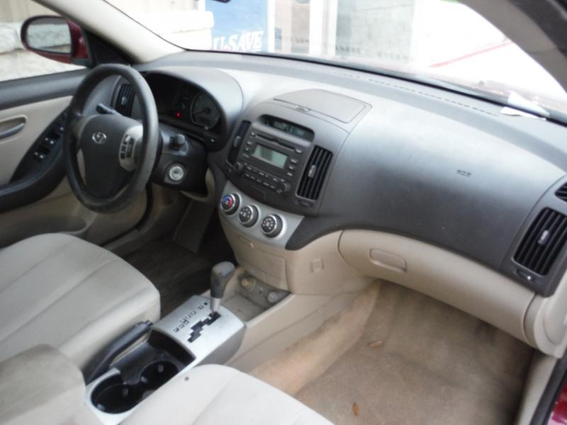 Hyundai Elantra 2007 price $2,500