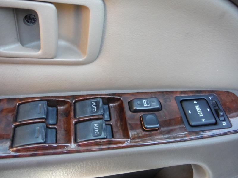 Toyota 4Runner 1999 price $2,900