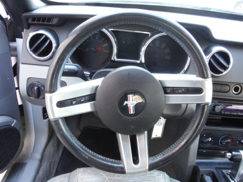 Ford Mustang 2007 price $4,800