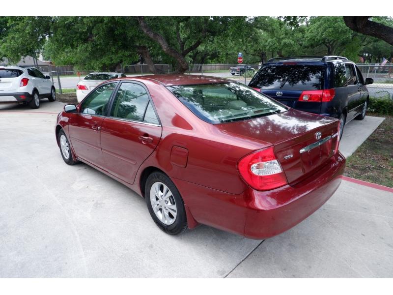 Toyota Camry 2004 price $3,100