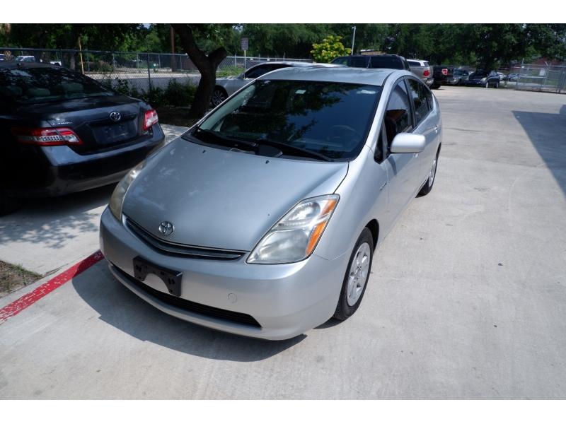 Toyota Prius 2009 price $4,500