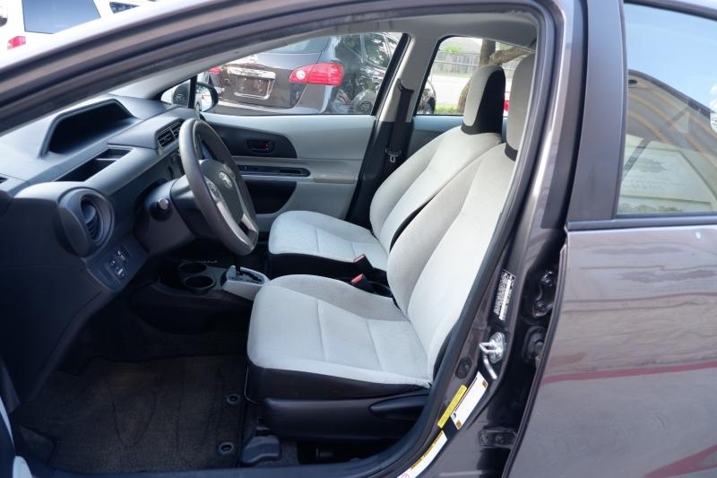 Toyota Prius c 2013 price $7,100