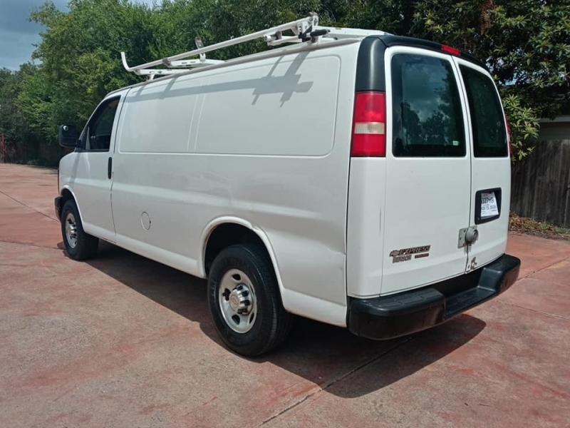 Chevrolet Express Cargo Van 2012 price $10,950