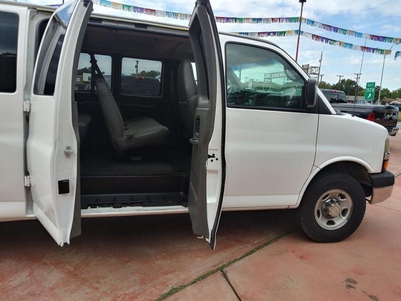 Chevrolet Express Passenger 2008 price $9,250