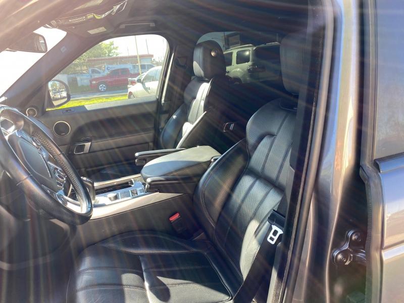 Land Rover Range Rover Sport 2015 price $28,500