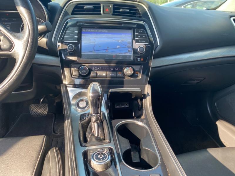 Nissan Maxima 2016 price $17,600