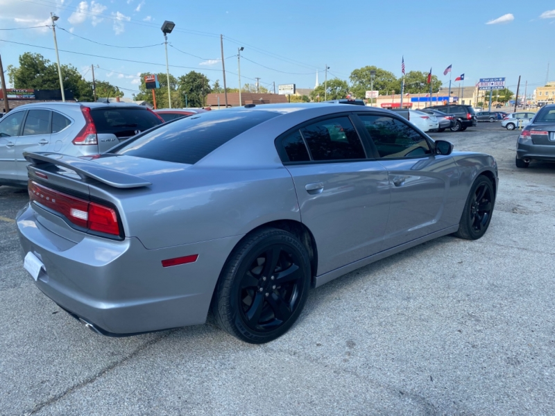Dodge Charger 2014 price $14,699