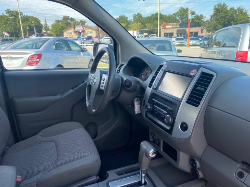 Nissan Frontier 2019 price $23,200