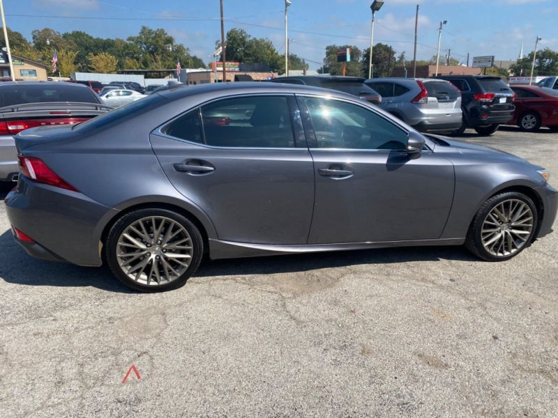 Lexus IS 250 2014 price $15,700
