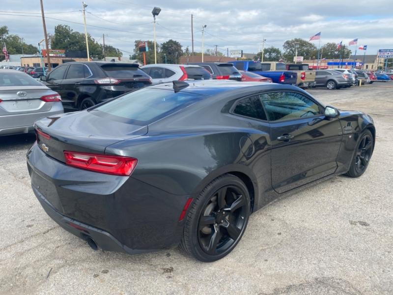 Chevrolet Camaro 2017 price $18,100