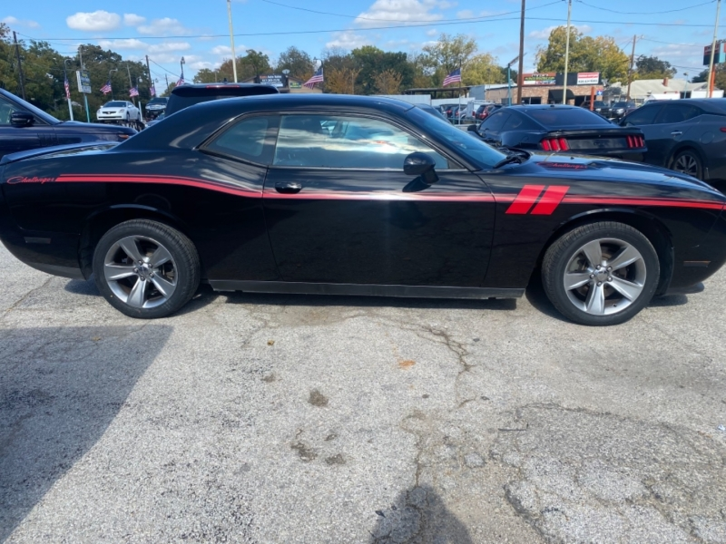 Dodge Challenger 2014 price $12,175