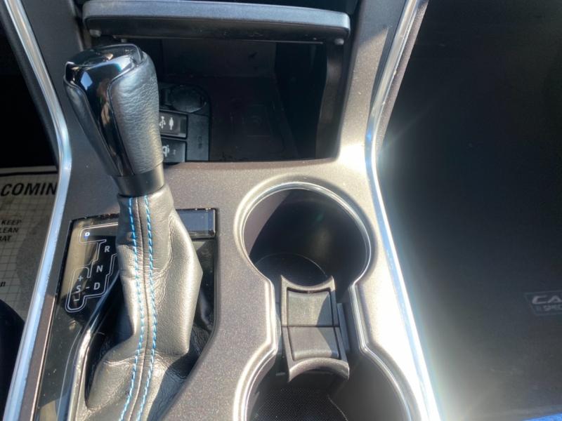 Toyota Camry 2016 price $11,850