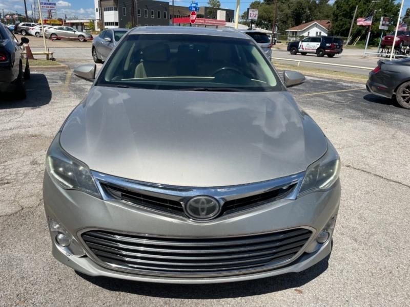 Toyota Avalon 2013 price $12,995