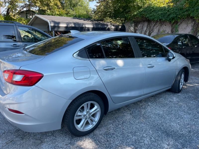 Chevrolet Cruze 2017 price $13,600