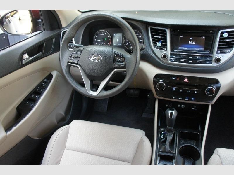Hyundai Tucson 2016 price $12,400
