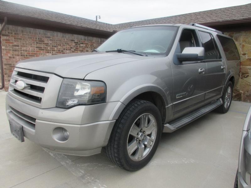 Ford Expedition EL 2008 price $7,990 Cash