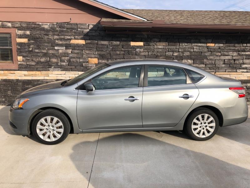 Nissan Sentra 2013 price $5,225