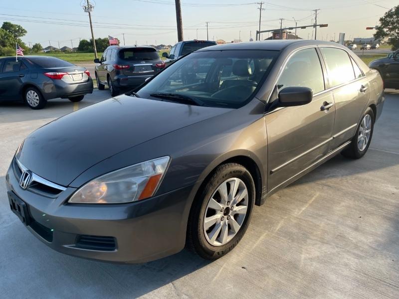 Honda Accord Sdn 2006 price $5,995