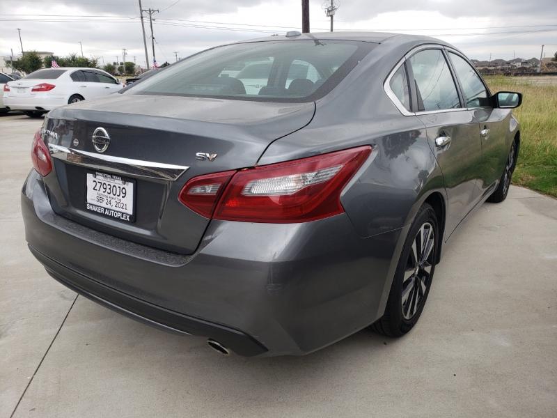 Nissan Altima 2018 price $18,995