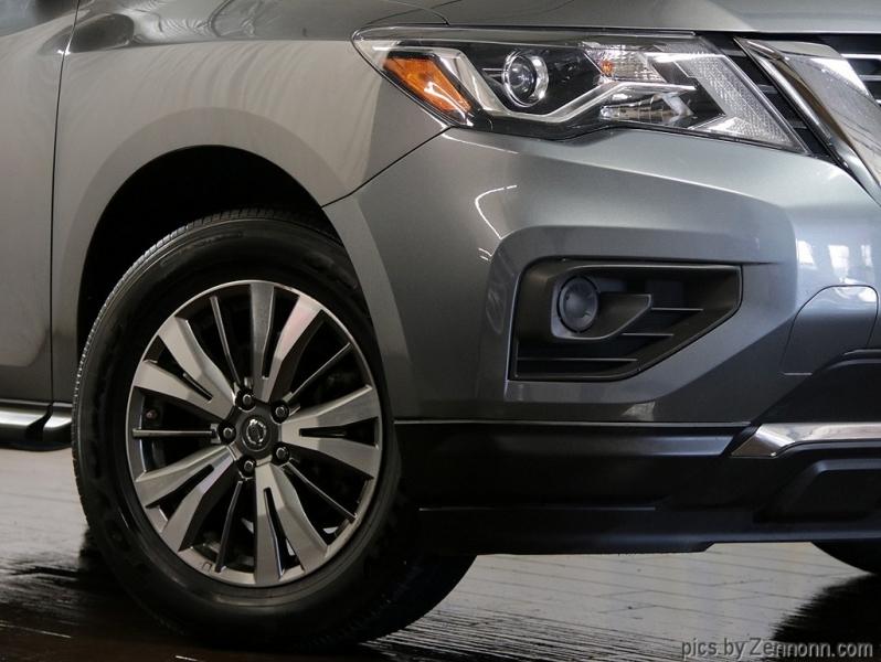 Nissan Pathfinder 2019 price $18,990