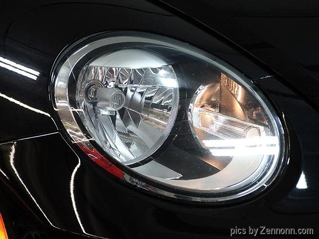 Volkswagen Beetle 2017 price $17,990
