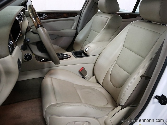 Jaguar XJ 2004 price $9,990