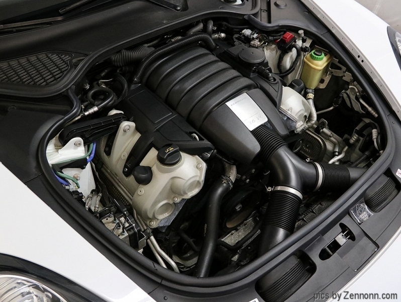 Porsche Panamera 2016 price $47,990